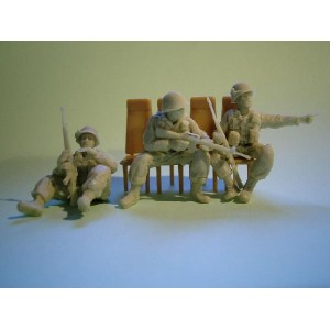 481126 US VIETNAM GI SEATED FOR CHOPPER set 1 (3Figs.)